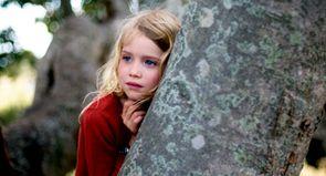 """Julie Bertuccelli : """"En Australie, la Nature et ses excès sont au centre de tout"""""""