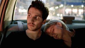 """Mia Hansen-Løve : """"Nous avions décidé que la fête, c'était la vie"""""""