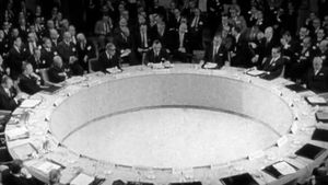 L'Heure des brasiers - Partie 1 : Néocolonialisme et violence