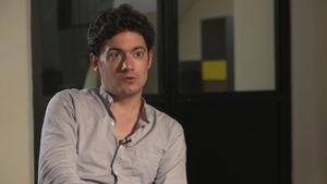 """Clément Cogitore : """"Comment construire des mondes loin du monde ?"""""""