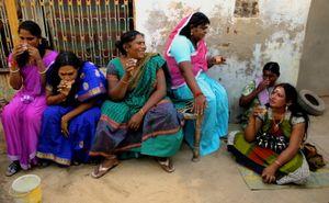 Guru, une famille hijra