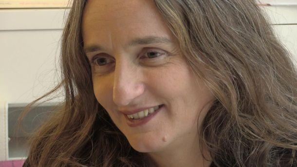 """Julie Bertuccelli : """"Hélène explose toutes les limites"""""""